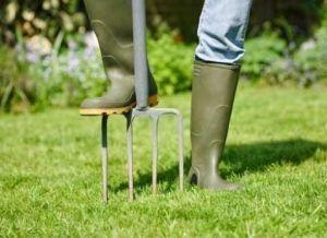 Вила садовые с металлическим черенком