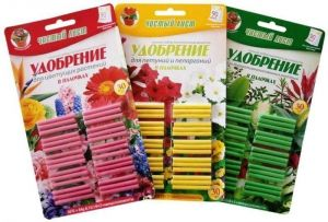 Удобрение в палочках для петуний и пеларгоний